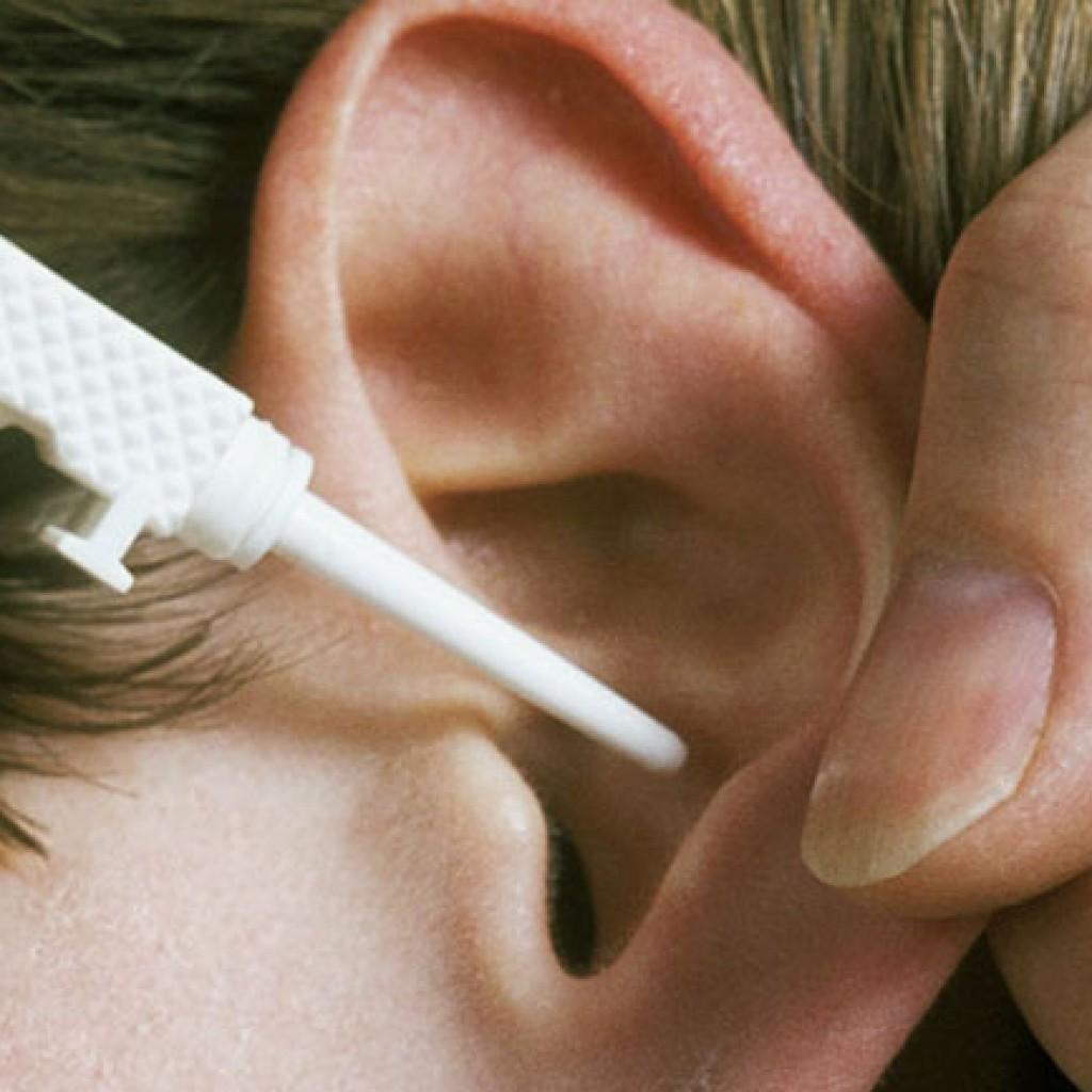 Как вычистить уши от пробок в домашних условиях 33